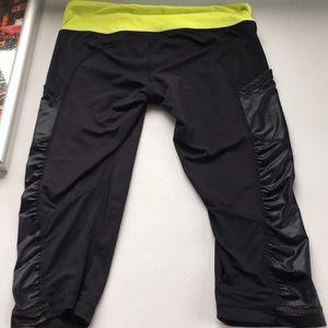 Lululemon cropped leggings size 8